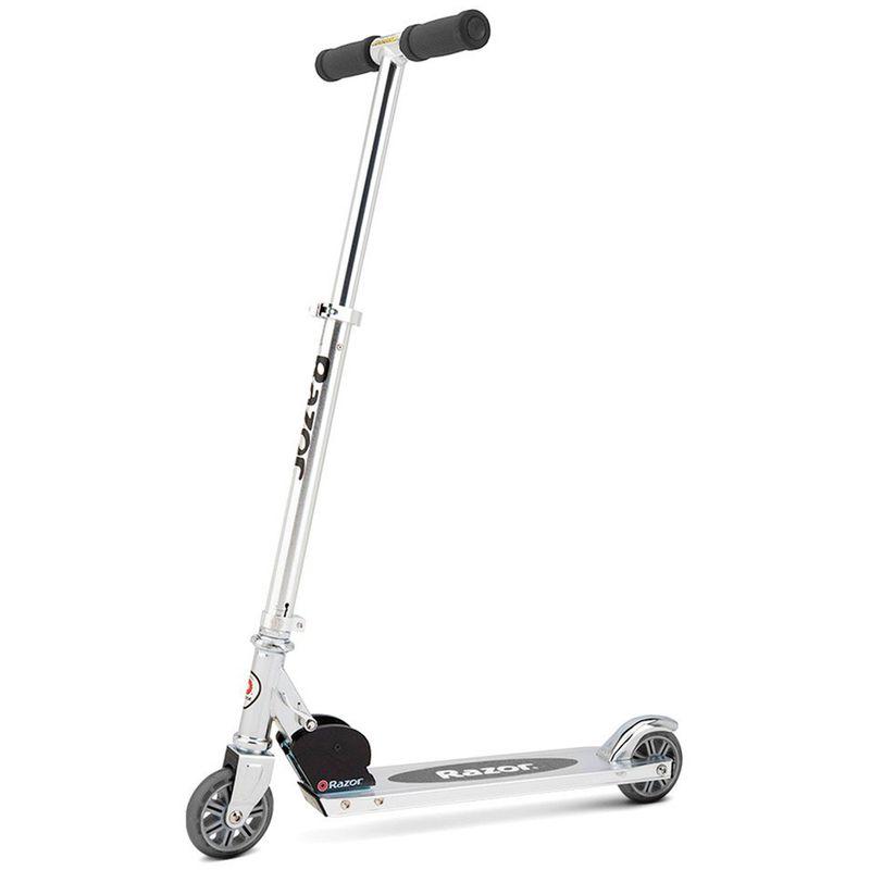 patineta-a-kick-plateada-razor-13003ACL